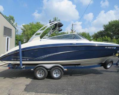 2015 Yamaha Boats 242 Limited S