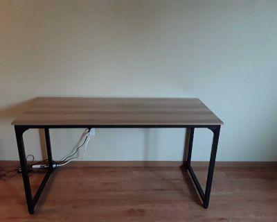 REDUCED PRICE Beautiful office desk