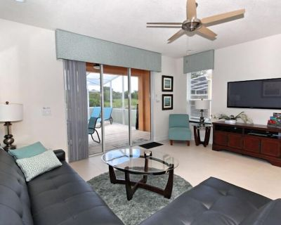Serenity - 3 Bed Townhome with Pool, Private Balcony, Clubhouse, Communal Pool, Conservation View. - Four Corners
