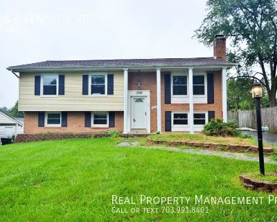 Well Maintained 5 Bedroom 3 Bath Single Family Home For Rent in Sterling!