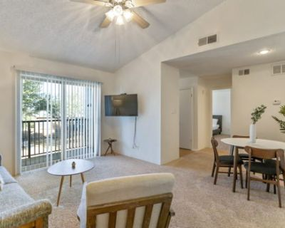 Modern Suite in the Heart of Midland!