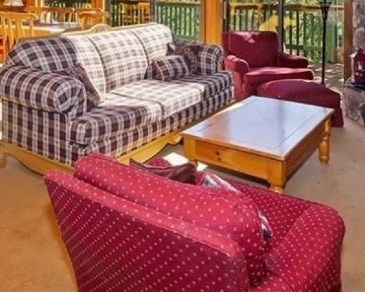 Sofa set with 2 chairs & ottoman (selling dining set & appliances too)