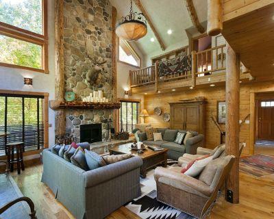 Classic 'Sundance Escape Lodge' Mountain Getaway, Amazing Great Room, Game Room - Sundance
