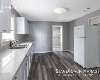 Newly remodeled 1 bed 1 bath!