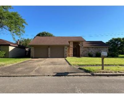 3 Bed 2.0 Bath Preforeclosure Property in Pasadena, TX 77505 - Ollia Cir