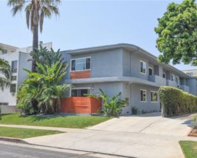 11921 Goshen Ave #4, Los Angeles, CA 90049 3 Bedroom Apartment