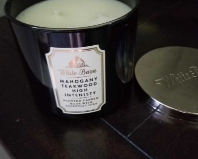 Looking for this candle