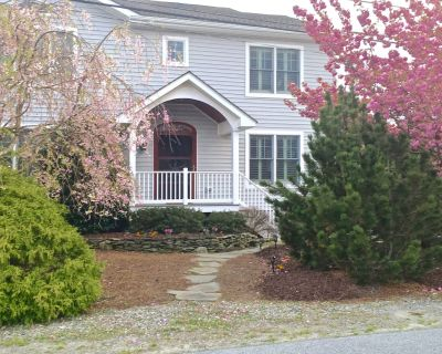 * Work & Relax at the Beach!* Classy Multi-family Home! **140 Steps to dunes!* - Lewes Beach