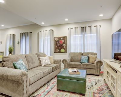 *New* Modern Townhome w/Rooftop Deck - West Colfax