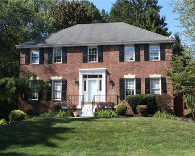 House for Rent in Pittsburgh, Pennsylvania, Ref# 201618330