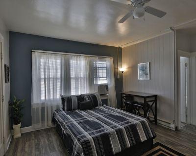 Urban Oasis-Private Room #14/Bath/Kitchen - Near Irvington - Indianapolis