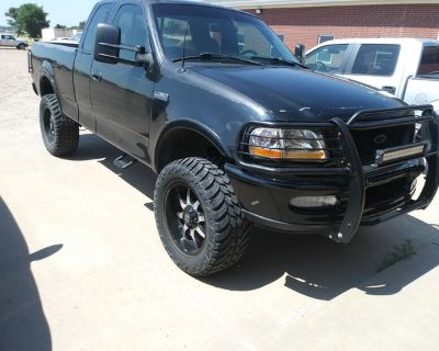 Ford F150 oversize Tires/Wheels