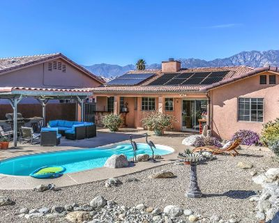 Luxury home w/ mountain views, private pool, & outdoor kitchen - dogs welcome! - Cathedral City