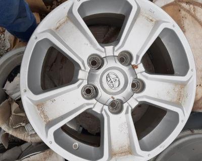 Toyota Tundra wheels