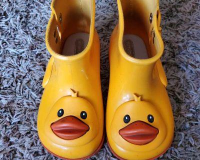 Mini Melissa Yellow Duck Rain Boots Size 10 (fits like 9)