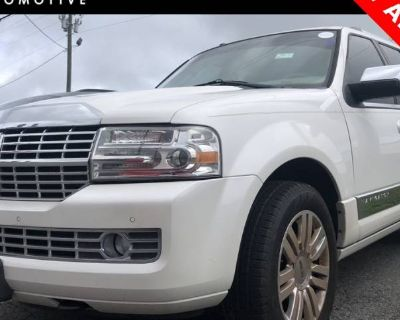 2014 Lincoln Navigator Standard