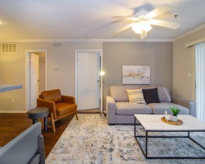 Rent Briarhill Apartments #703 in Atlanta
