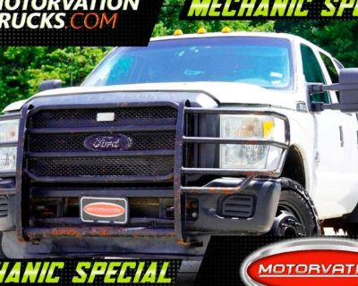 2013 Ford Super Duty F-350 Chassis Cab XL