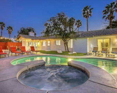 The Palm: Pool, Spa, Fire Pit, Built-In BBQ!!! - Palm Springs
