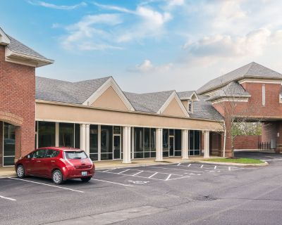 Springhurst Professional Plaza - Office