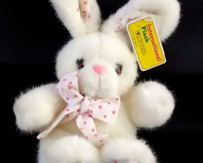 Vintage 1992 International Silver White Plush Bunny Rabbit Stuffed Animal w/Tags