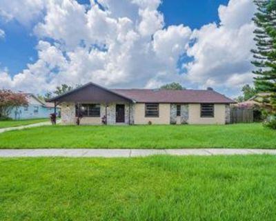 8844 El Prado, Orlando, FL 32825 4 Bedroom Apartment