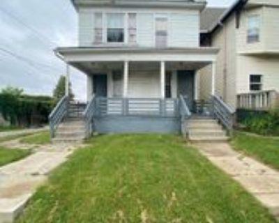 1921 N 36th St, Milwaukee, WI 53208 4 Bedroom Apartment