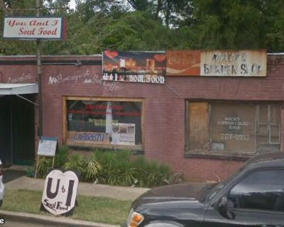 Two Unit with Former Restaurant Near Downtown Shreveport
