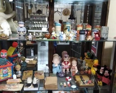 Estate Sale by Webber's Old to Gold