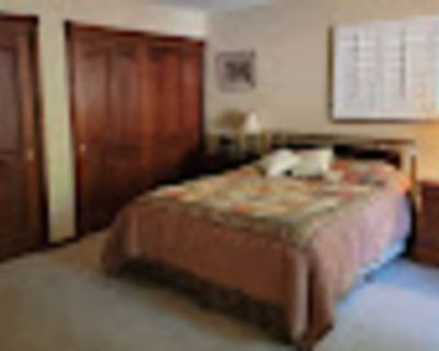 Private room with ensuite - Lafayette , CA 94549