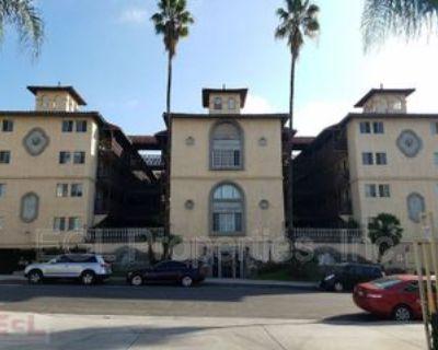 Casa de Fuentes 1460 N. Mansfield Ave. #114, Los Angeles, CA 90028 1 Bedroom Condo