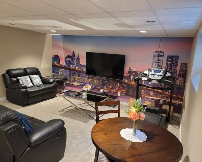 Bright & Stylish suite in the city - Fort Garry