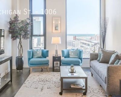 Down Town Pent House Apartment! - Luxury 2 Bedroom