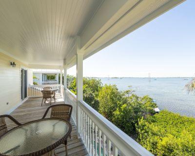 Waterfront 4 Bedroom 4 bath home - Key West