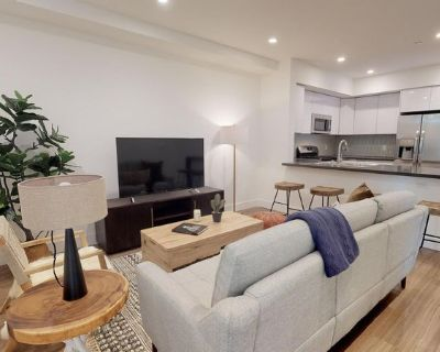 Upscale Beverly Grove flat with rooftop patio