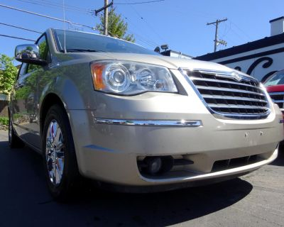 2009 Chrysler Town & Country 4dr Wgn Limited