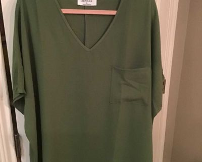 New without tags boutique top size oversized L/XL