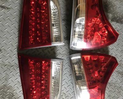 2011-2014 Toyota Sienna oem taillights