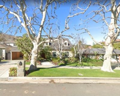 Long-term Sherman Oaks Resident--Estate Sale!