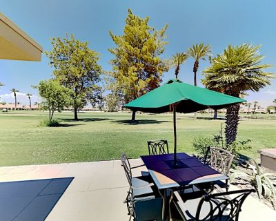 Golfers Delight Fairway-view Patio 20 Pools, Hot Tubs, Tennis - Palm Desert
