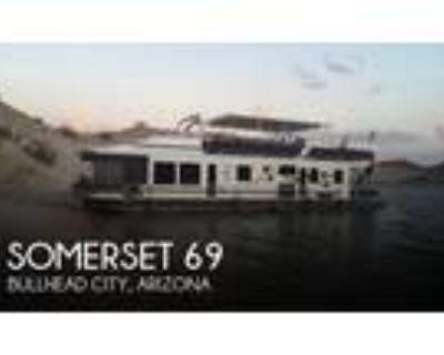 69 foot Somerset 69