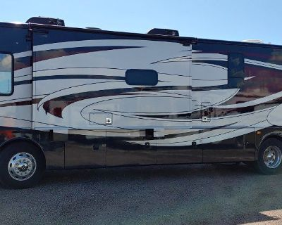 2017 Fleetwood Pace Arrow LXE 38B (Bunks)