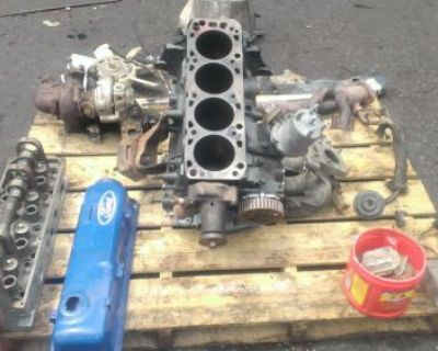 Ford 2.3 Turbocharged Engine All Parts In Good Condition D8ee Block