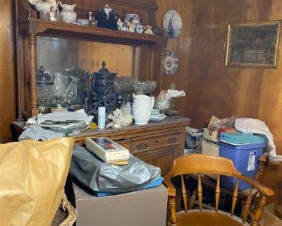 Glenview Vintage Hoarder/Toy Sale