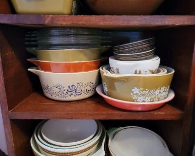 PACKED VINTAGE LOVERS GALORE IN SAINT JOHN PYREX COLLECTION