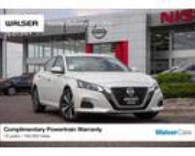 2021 Nissan Altima White, 12 miles