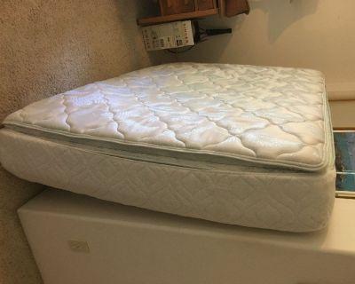 Queen Mattress - clean with mattress pad