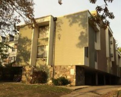 911 Oakland Ave #5, Ann Arbor, MI 48104 3 Bedroom Apartment
