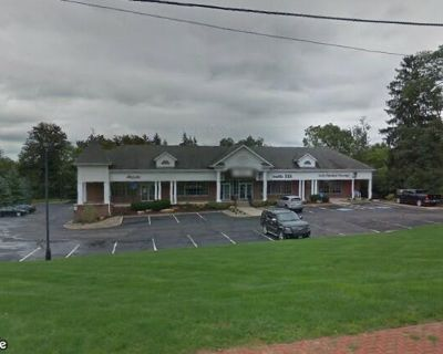 Retail Space in Richfield