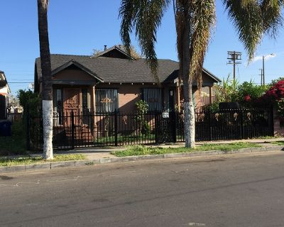 House for Sale in Los Angeles, California, Ref# 4938682